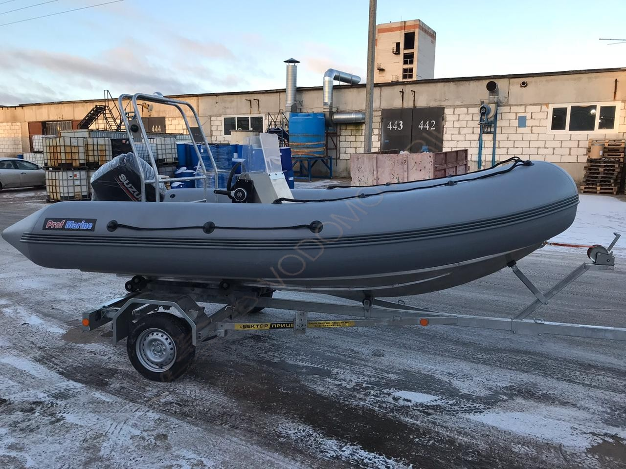 Надувная лодка ProfMarine RIB 450 с алюминиевым корпусом