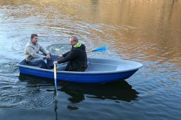 пластиковая лодка спринт купить в москве